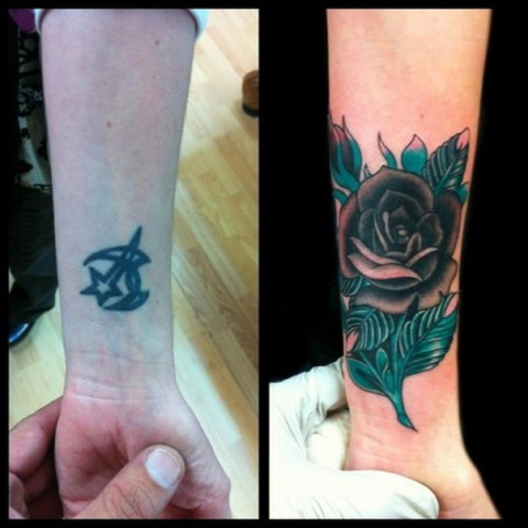 9dc803420 Another rose wrist tattoo cover-up. Image Source: Strepik