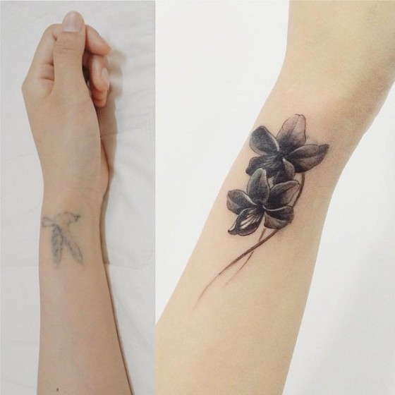 d75406d54 Flower wrist cover up tattoo. Image Source: Cuded