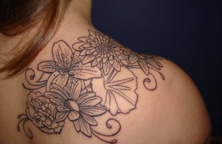 55 Flower Tattoos Representing Love and Beauty